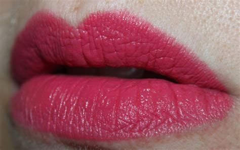 N Megalast Lipstick Smokin n megalast lipcolor swatches photos review vy varnish