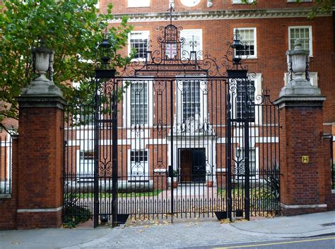 Design Your Own House Free file queen elizabeth college gate jpg wikimedia commons
