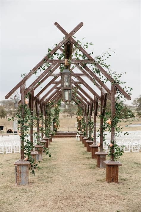 Wedding Arch Couture by 25 Best Ideas About Wedding Arch Rental On