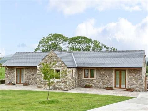 Sykes Country Cottages by Large Dales Barn With Tub