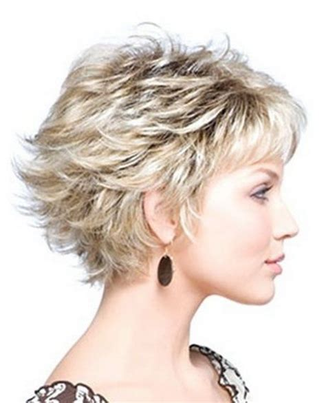 short hairstyles for thirty something 25 best ideas about short layered haircuts on pinterest