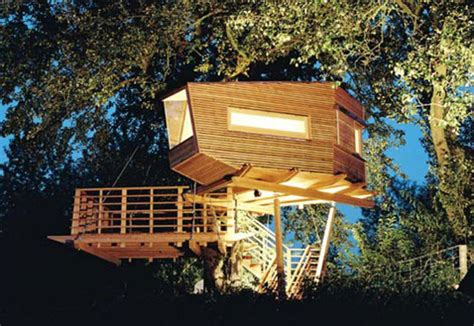 modern treehouse baumraum stunning treehouse designs from germany design