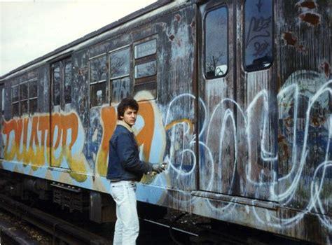 artist   momentstreet  graffiti artist duster