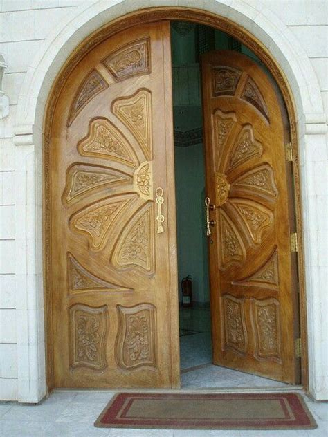 Carved Front Doors 17 Best Images About Beautiful Carved Wood Doors On Cowboys Beautiful And Wooden Doors