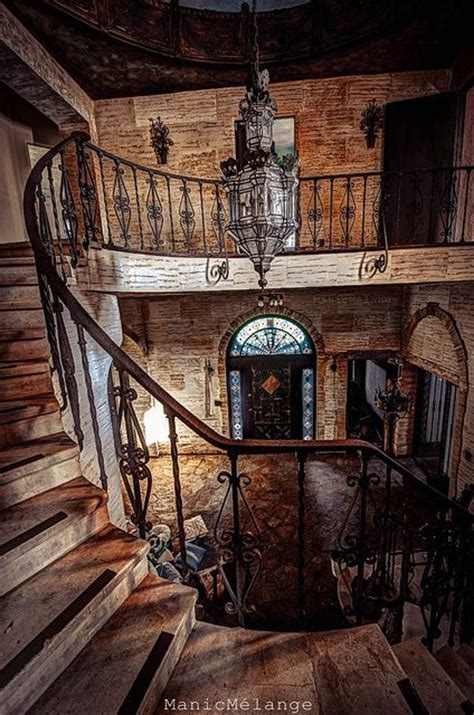 mysterious abandoned places 185 best mysterious homes images on pinterest abandoned