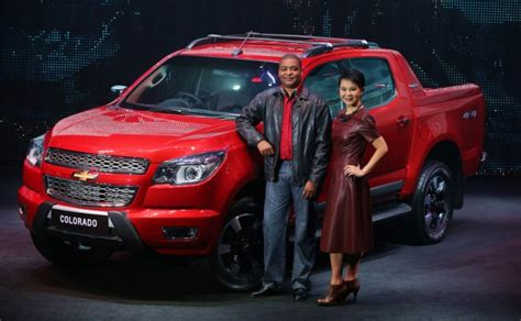 hi country gmc chevrolet colorado high country launched in thailand