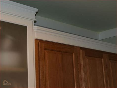 Kitchen Cabinets With Molding 109 Best Images About Crown Molding Cabinets On Craftsman Kitchen Updates And