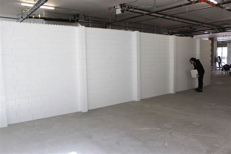 mobile walls interlocking plastic blocks to create all types of event