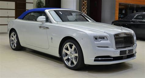 rolls royce do your do you find this rolls royce fashionable carscoops