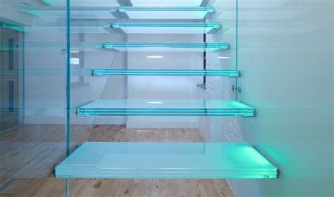 treppenstufen beleuchten beleuchtung treppenhaus l 228 sst die treppe unglaublich sch 246 n