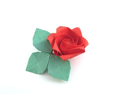 Folded Paper Roses - the greatest origami by toshikazu kawasaki book