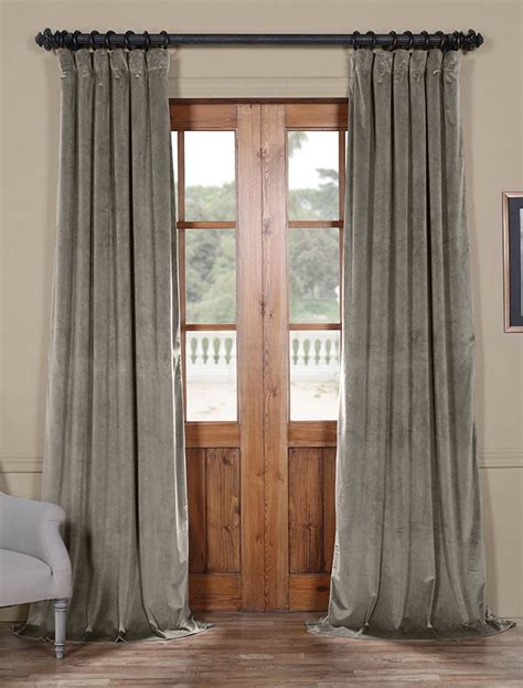 plush velvet curtains best 20 velvet curtains ideas on pinterest