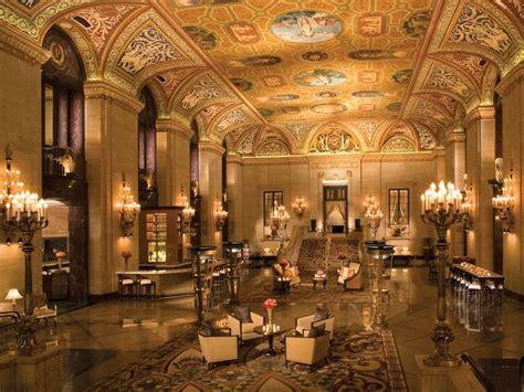 palmer house hilton splashiest hotel lobbies