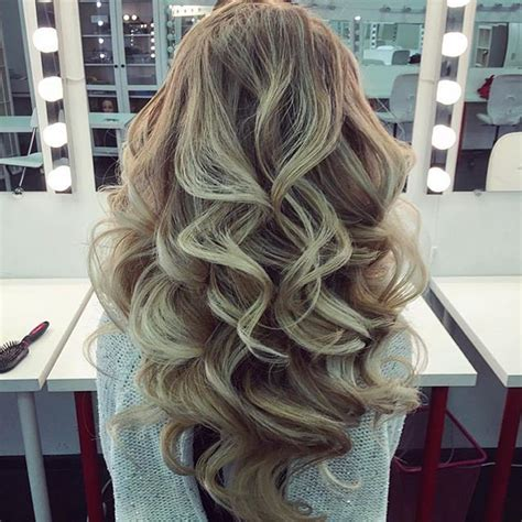 easy curling wand for permed hair 25 best ideas about big curls on pinterest big loose