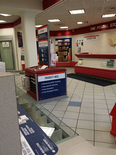 Lincoln Park Post Office Hours by Us Post Office Post Offices Lincoln Park Chicago Il
