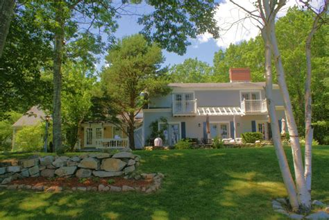 exterior luxury vacation rentals in bar harbor maine