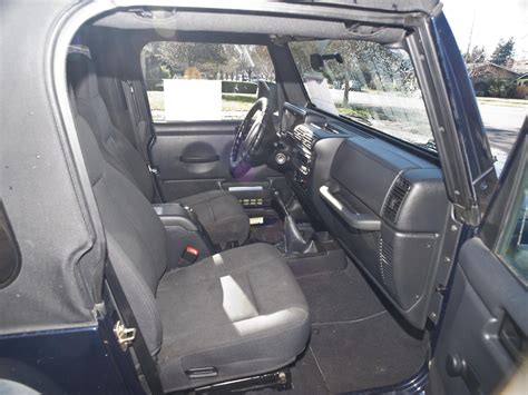 2006 Jeep Wrangler Interior by 2006 Jeep Wrangler Pictures Cargurus