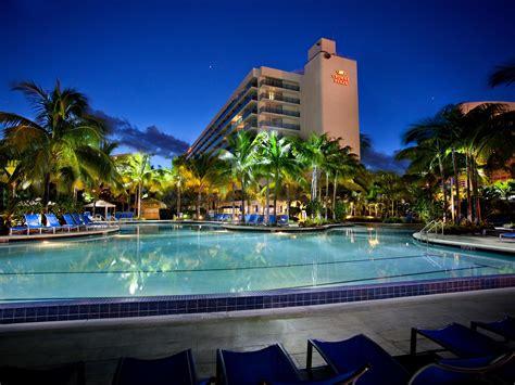 hollywood beach hotels fl miami crowne plaza hotel 2018 world s best hotels