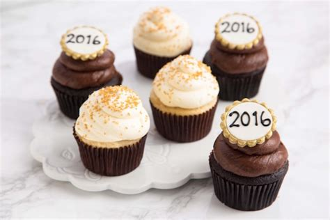 new year cupcake countdown to 2016 new years at sweet e s sweet e s