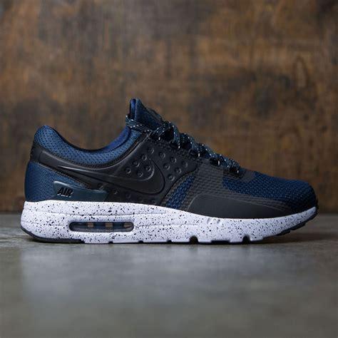Nike Airmax Zero Navy Merah nike air max zero premium navy armory navy black white