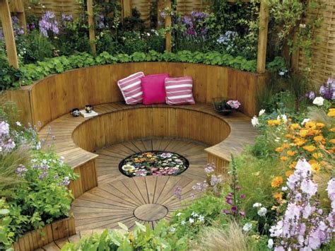 Old Hollywood Home Decor by Circular Garden Space For Outdoor Relaxation