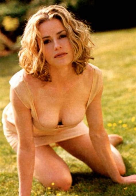 elisabeth shue young thedevilstrifecta august 2012