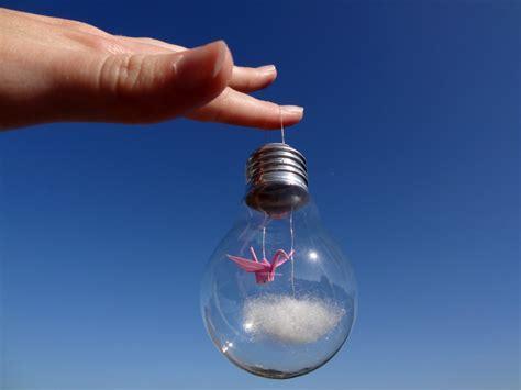How To Make A Paper Light Bulb - paper crane in a light bulb magical daydream