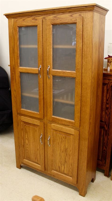 Amish Pantry by Pantry With Frosted Glass Doors Amish Traditions Wv