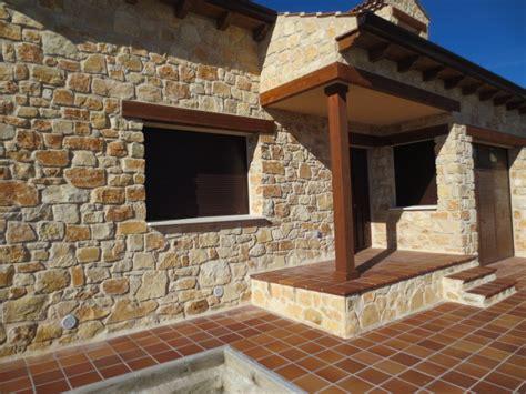Tipos De Piedras Para Fachadas #9: Construccion-de-piedra-3.jpg