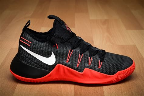 nike com nike hypershift shoes basketball sil lt