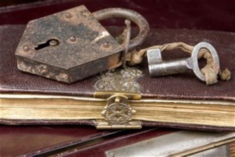 libro pagna diary with lock image gallery old diary with lock