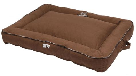 realtree dog bed realtree premium camo pet bed in 2016 by dallas realtree b2b