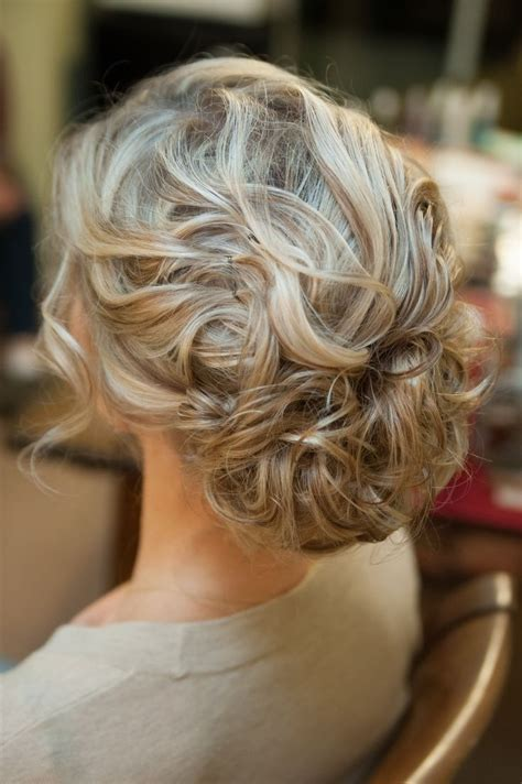 formal hairstyles naturally curly hair curly prom hairstyles 8 looks for natural curls curly