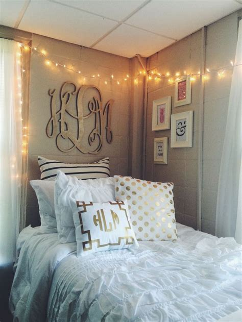apartment theme ideas best 25 dorm room themes ideas on pinterest college