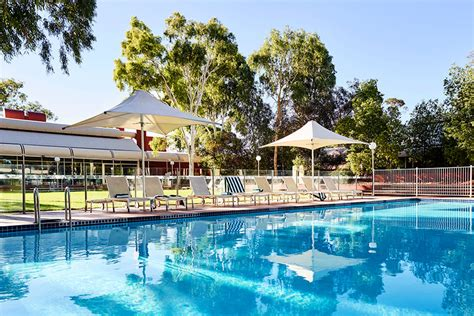 voyages desert gardens hotel ayers rock desert gardens hotel uluru ayers rock the best of desert
