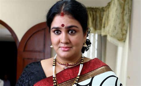 shyamala film actress hots hindi actress sakudumbam shyamala movie photos stills