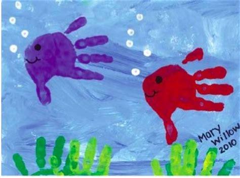 Fensterdeko Weihnachten Fingerfarbe by Fische Mit Fingerabdruck Ideen F 252 R Bk