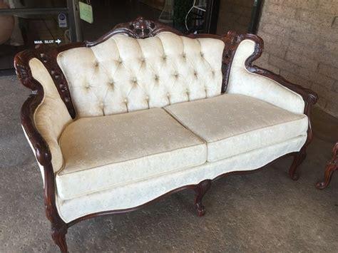 reproduction victorian sofa beautiful set of reproduction victorian furniture sofa