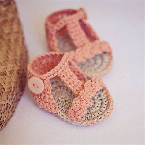 crochet baby shoes baby crochet sandals several pieces of ideas you can try