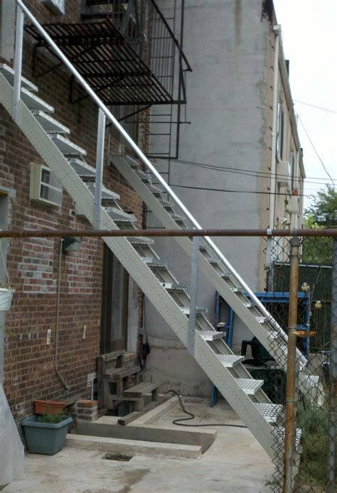 Outdoor Metal Stairs All Steel Outdoor Stair Stringers By Fast Stairs