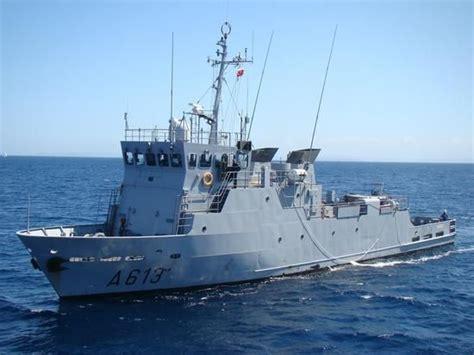 marine vendres vendres le pluton de la marine nationale d 233 barque