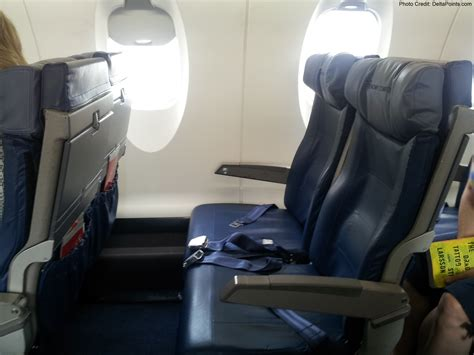 delta 737 800 economy comfort delta economy comfort seats crj 900 and a trip report part
