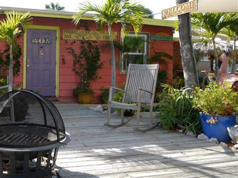 cottages siesta key cottage 1 siesta key vacation rentals beachpoint cottages