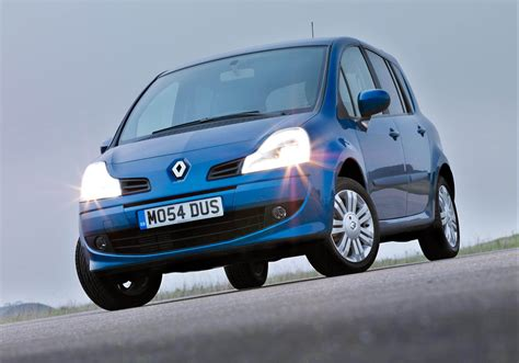 renault green renault modus is named best small mpv in green car awards