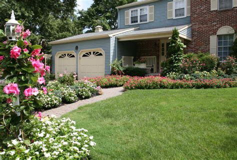 curbside appeal 4 tips to give your home curb appeal