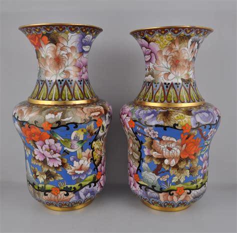 vasi cloisonne coppia di vasi cloisonn 233 primi 900 terre d oriente