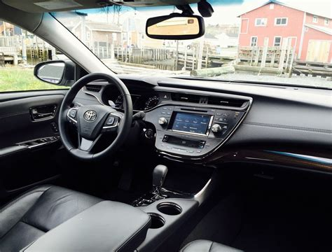 Avalon 2015 Interior by 2015 Toyota Avalon Limited Review It S Either A Junior