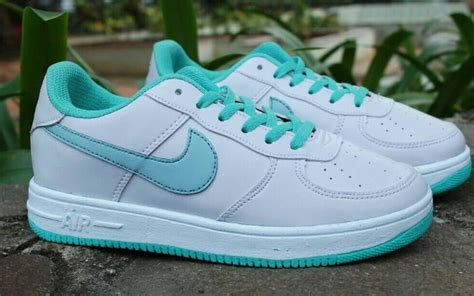 Sepatu Basket Nike Perempuan sepatu nike sekolah baju terbaru baju terbaru
