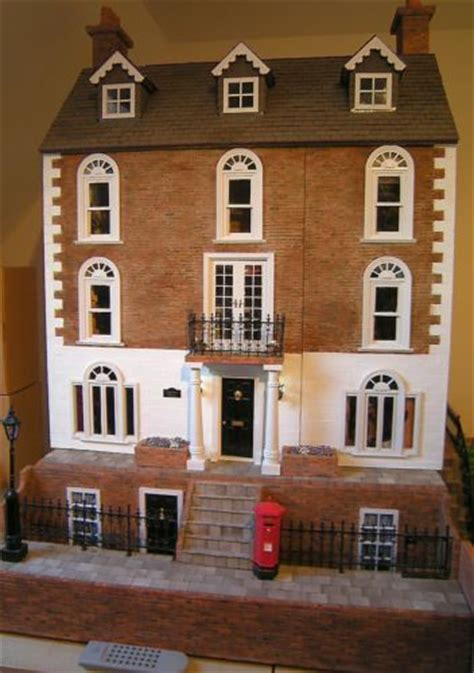 georgian dolls houses georgian dolls house ebay dollhouses artistic unique pinterest a well