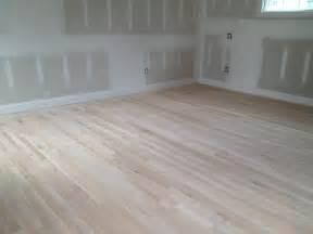 oak vs white oak hardwood flooring which is better